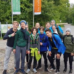 Die Staffel von Plötzleinsdorf auf dem Weg zur Karl Schubert Schule